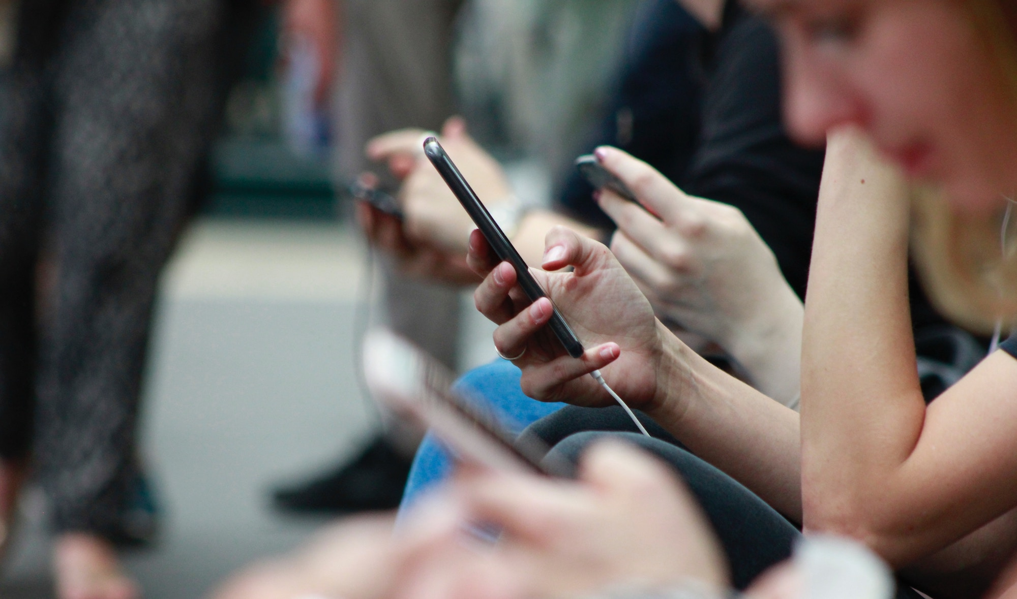 Do Radio Waves From Mobile Devices Cause Cancer A Look At The Evidence Health Feedback